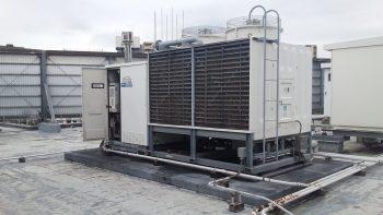 吸収式冷温水発生器