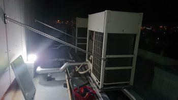 ダイキン工業製エアコン 室外機
