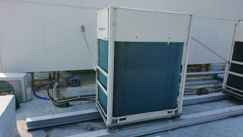 ダイキン工業製 室外機熱交換器交換後