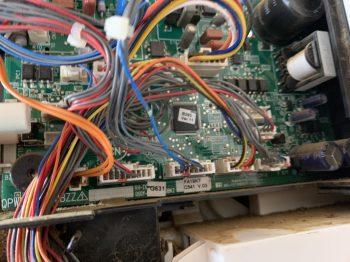 エアコン室内機 制御基板交換